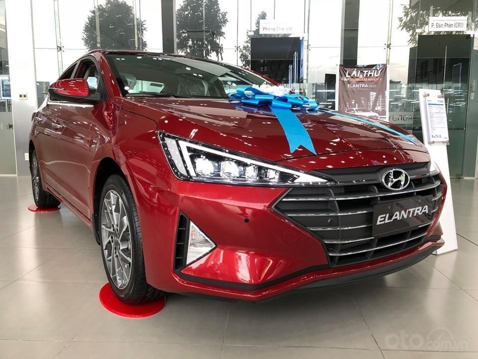Cần bán Hyundai Elantra 2.0 AT đặc biệt sản xuất 2020, giá 686tr (4)