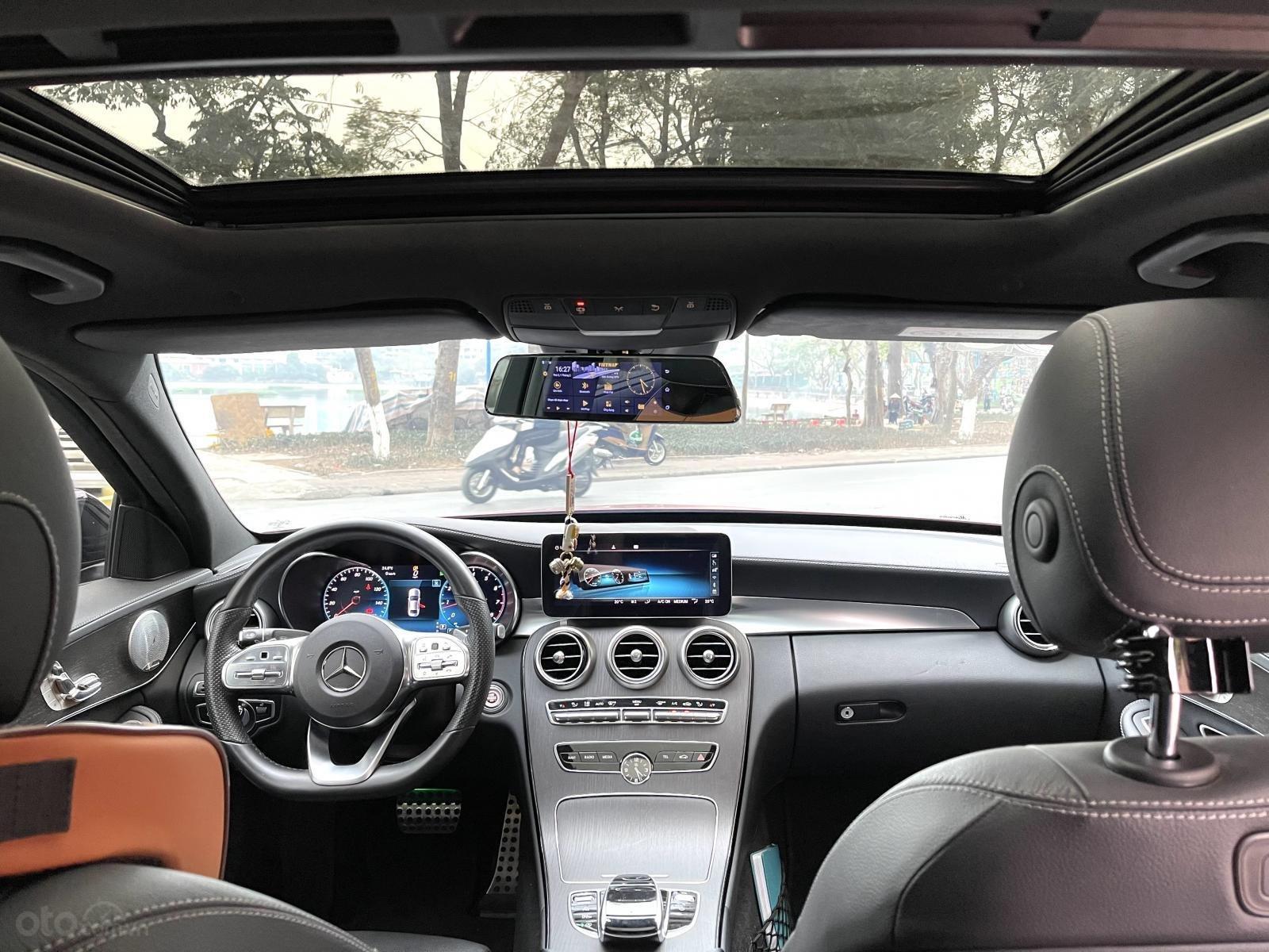 Mercedes Benz C300 AMG model 2019 sản xuất 2018 (13)