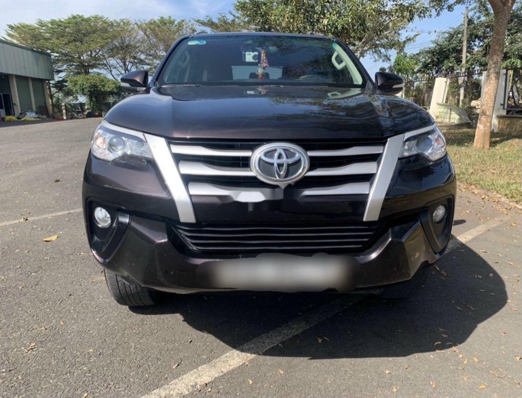 Cần bán lại xe Toyota Fortuner sản xuất năm 2017, 805tr (2)