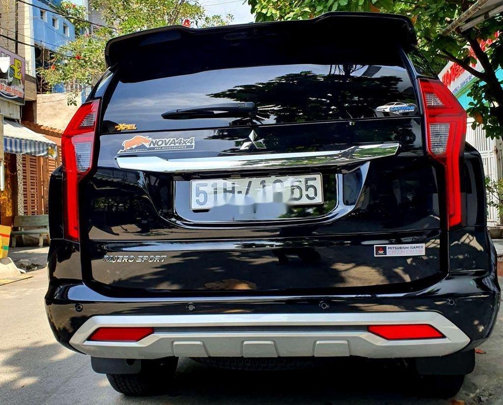 Bán Mitsubishi Pajero Sport năm 2020, màu đen, nhập khẩu (2)