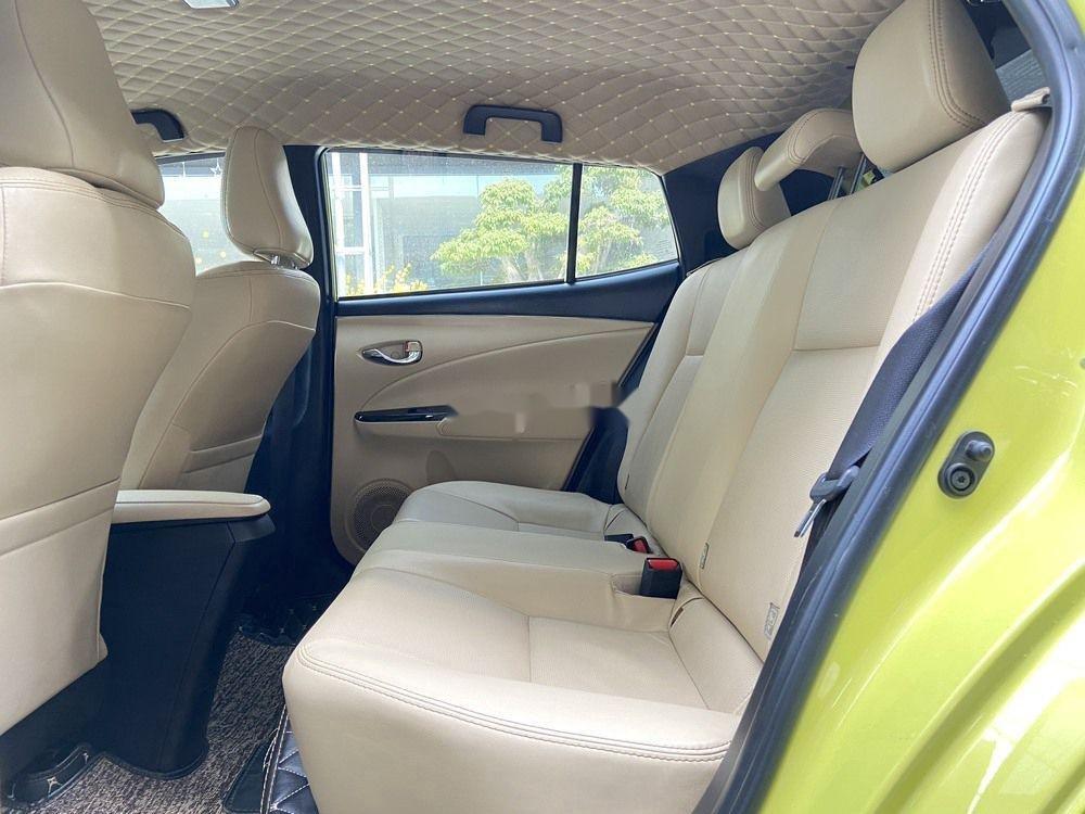 Cần bán lại xe Toyota Yaris 1.5G CVT 2019, màu vàng (11)
