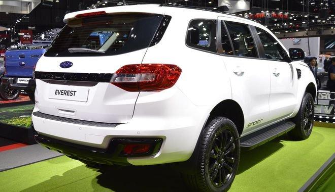 Đại lý nhận đặt cọc Ford Everest Sport với giá hơn 1 tỷ đồng - Ảnh 2.