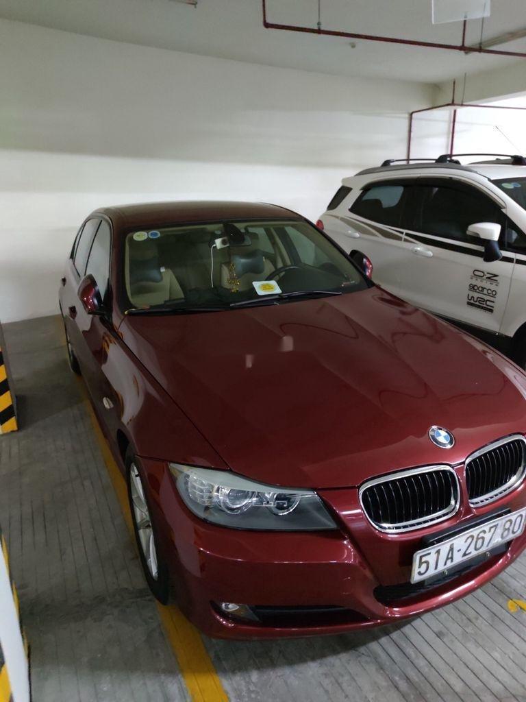 Cần bán gấp BMW 3 Series 320i sản xuất 2011, màu đỏ, giá 570tr (1)