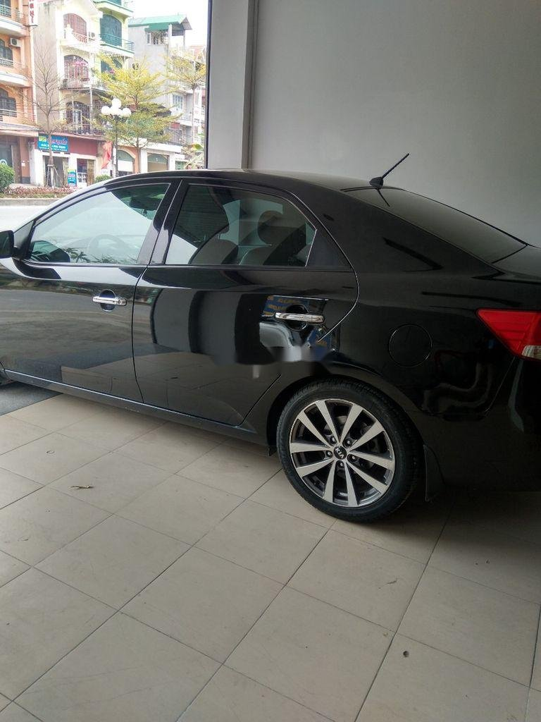Bán xe Kia Forte đời 2013, màu đen, giá 375tr (3)