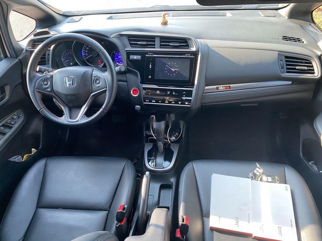 Cần bán lại xe Honda Jazz sản xuất 2018, màu trắng, xe nhập  (7)