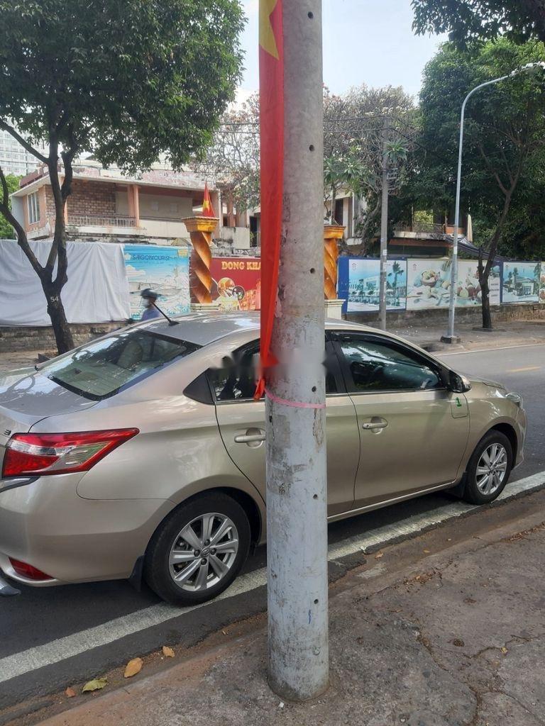 Bán Toyota Vios năm sản xuất 2017, màu xám (4)