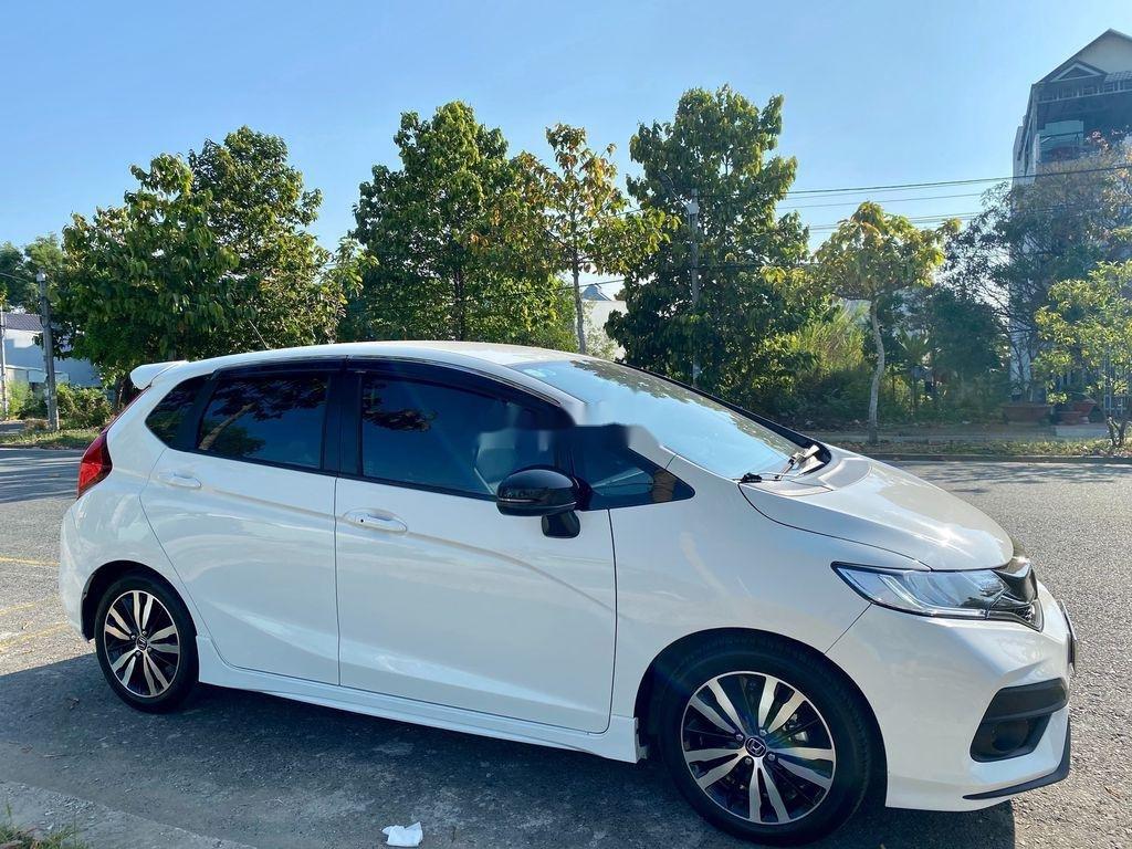Cần bán lại xe Honda Jazz sản xuất 2018, màu trắng, xe nhập  (4)