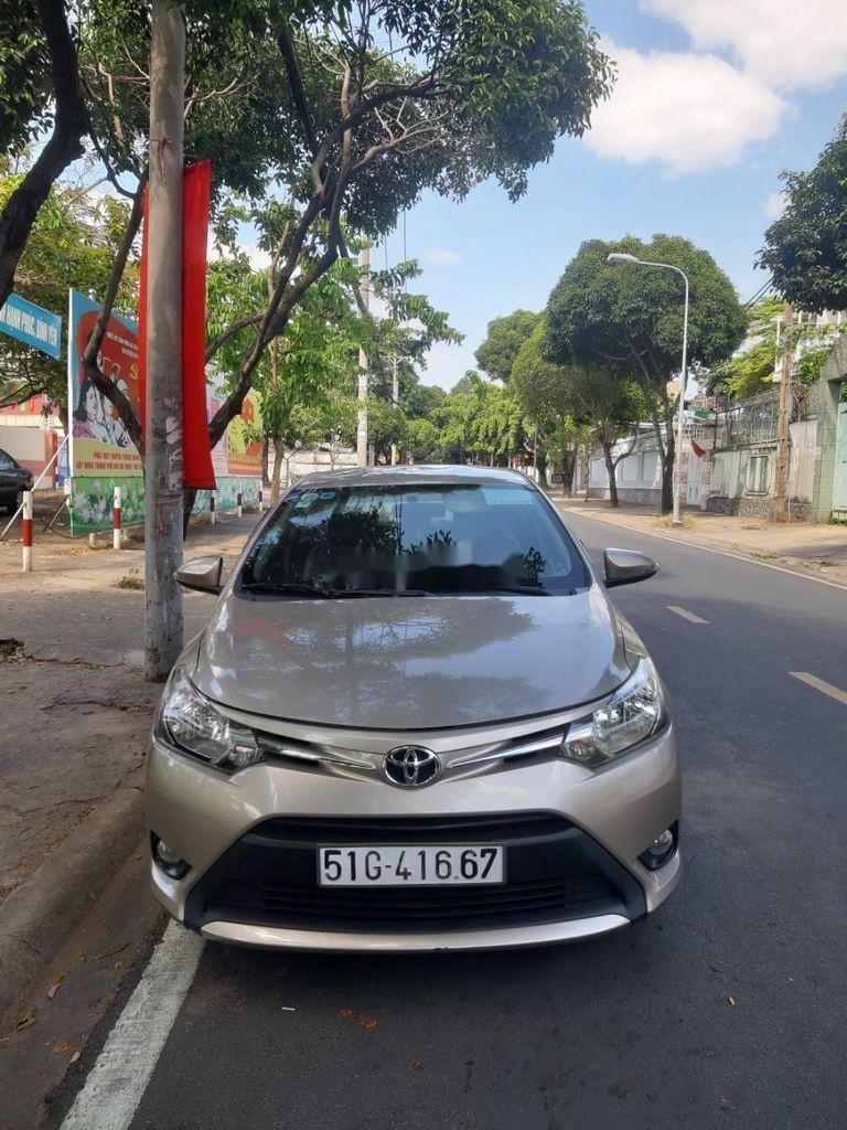 Bán Toyota Vios năm sản xuất 2017, màu xám (3)
