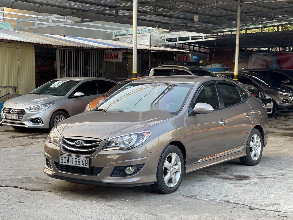 Cần bán lại xe Hyundai Avante 2014, màu xám, giá chỉ 398 triệu (2)