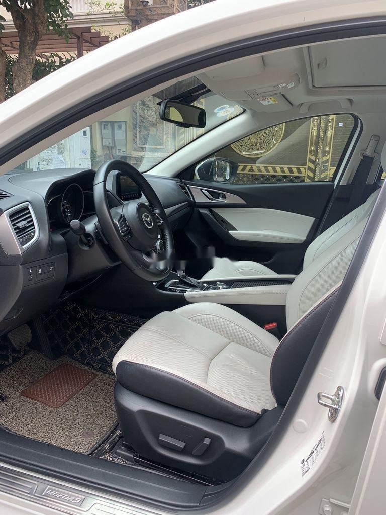 Bán xe Mazda 3 đời 2020, màu trắng chính chủ  (6)