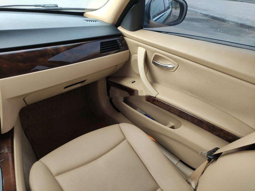 Cần bán BMW 3 Series 325i 2010, xe nhập (9)
