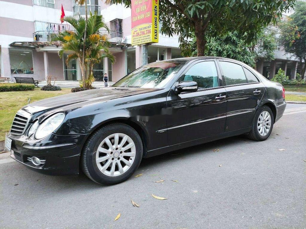 Cần bán lại xe Mercedes E 240 sản xuất 2003, màu đen, xe nhập (5)