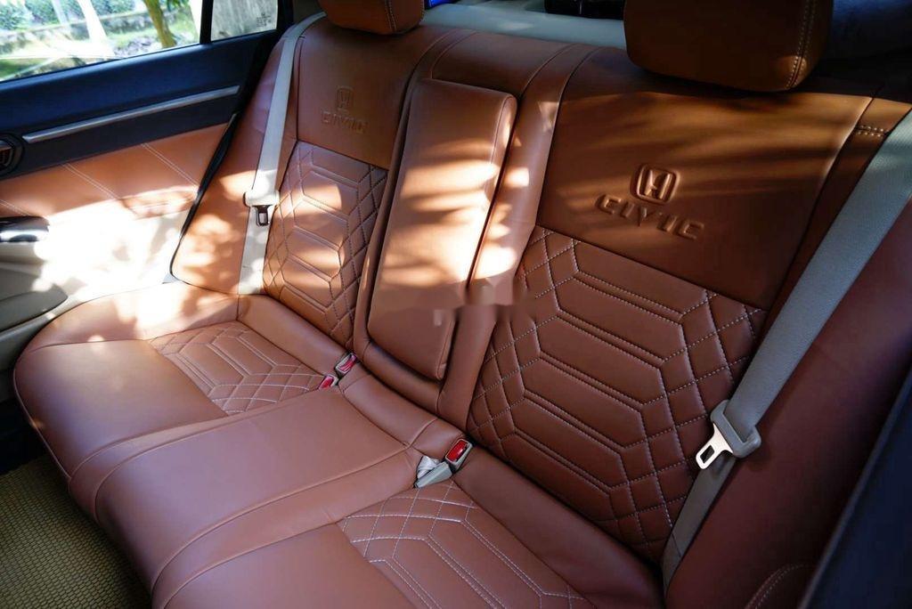 Xe Honda Civic sản xuất 2010, nhập khẩu, xe chính chủ (3)