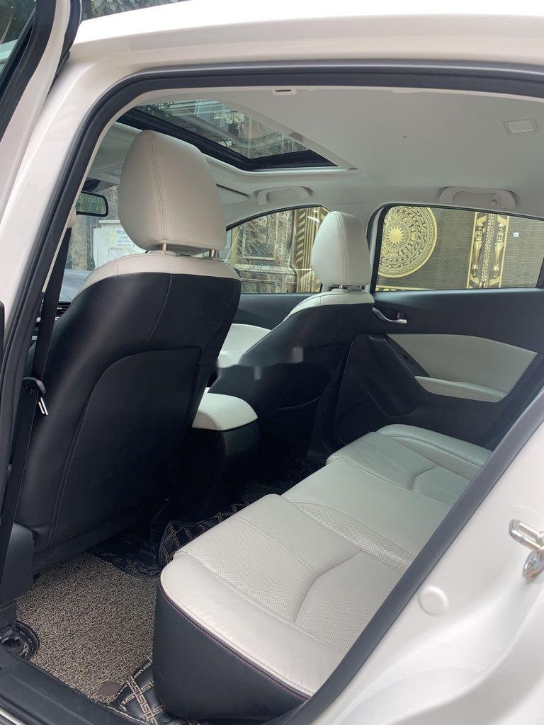 Bán xe Mazda 3 đời 2020, màu trắng chính chủ  (8)