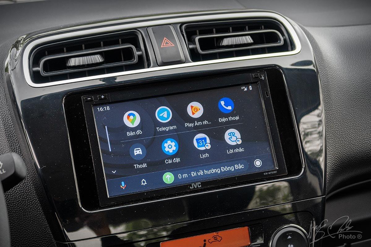 Màn hình cảm ứng 6,8 inch trên xe Mitsubishi Attrage 2021 1