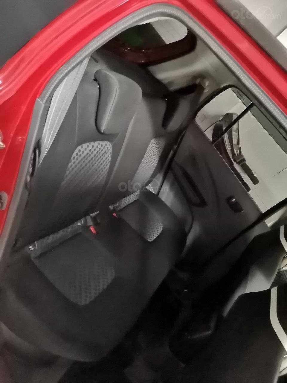 Bán nhanh chiếc Suzuki Celerio 1.0 CVT, lăn bánh 12.000km (9)