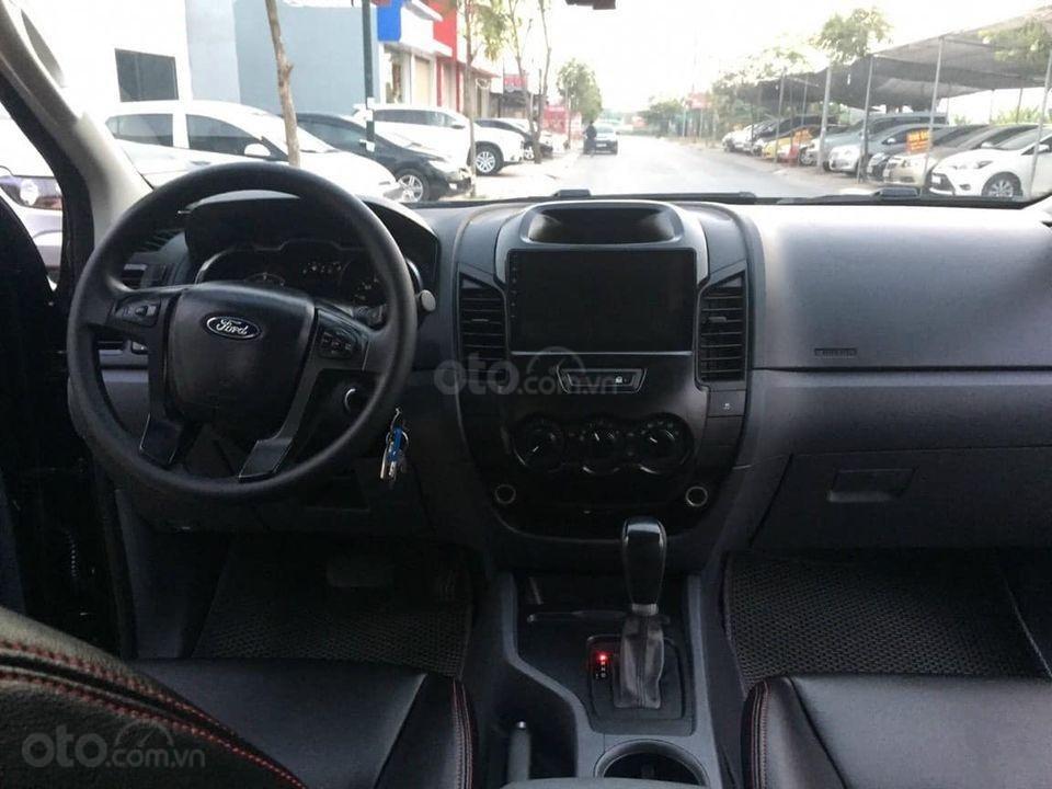 Bán Ford Ranger 2017, màu đen, nhập khẩu (3)