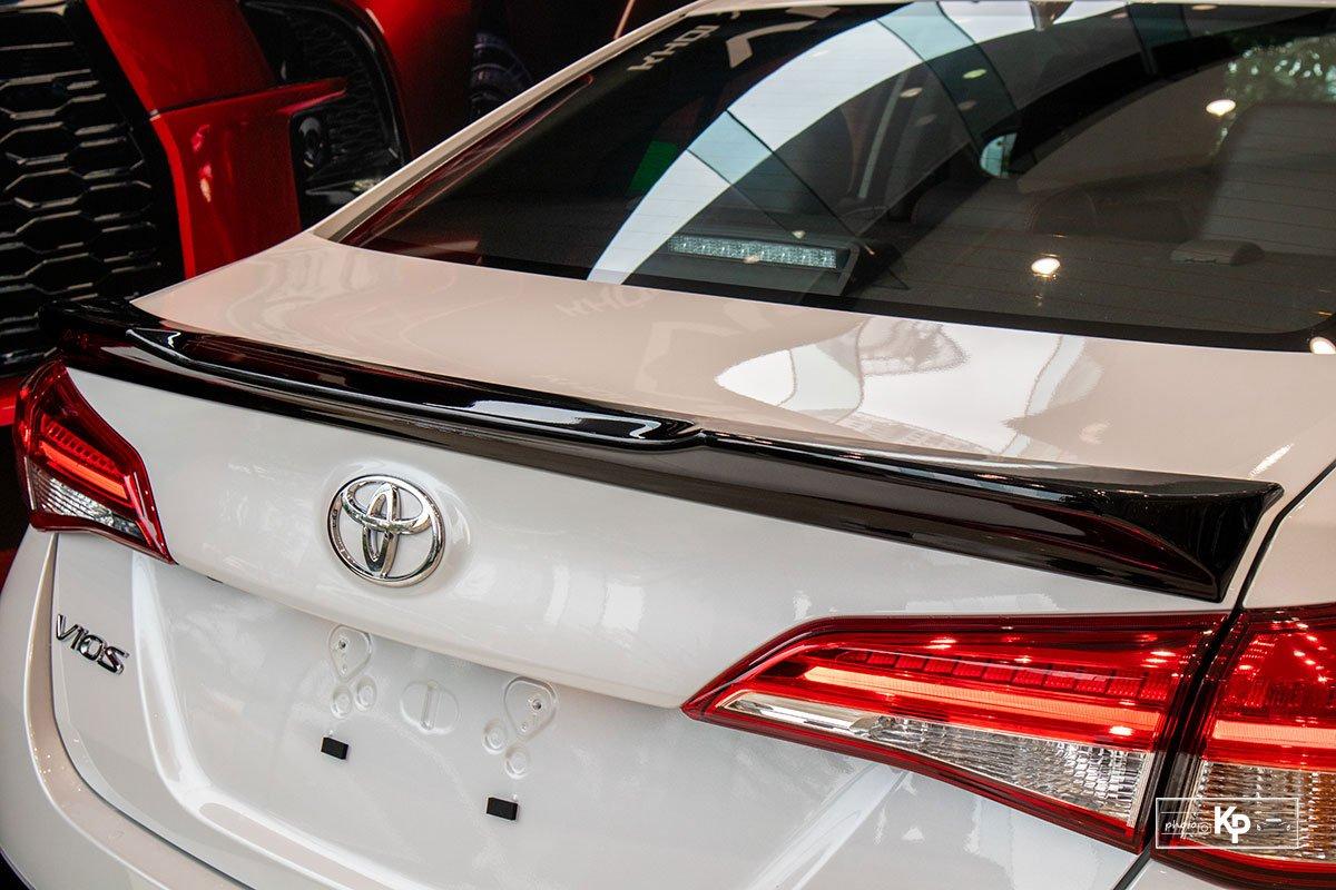 Cận cảnh Toyota Vios GR-S 2021, có gì để đấu Honda City RS? a14
