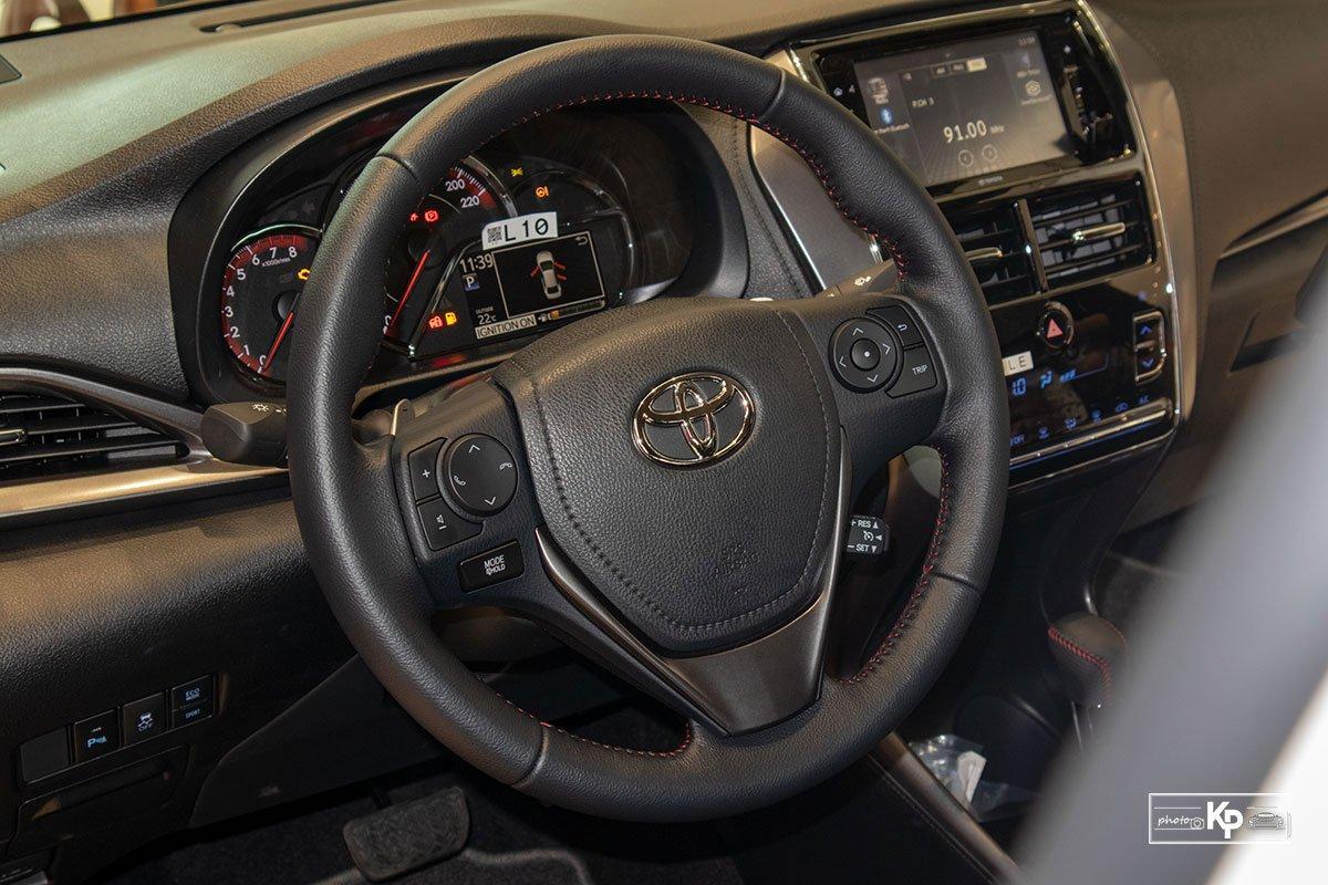 Cận cảnh Toyota Vios GR-S 2021, có gì để đấu Honda City RS? a17