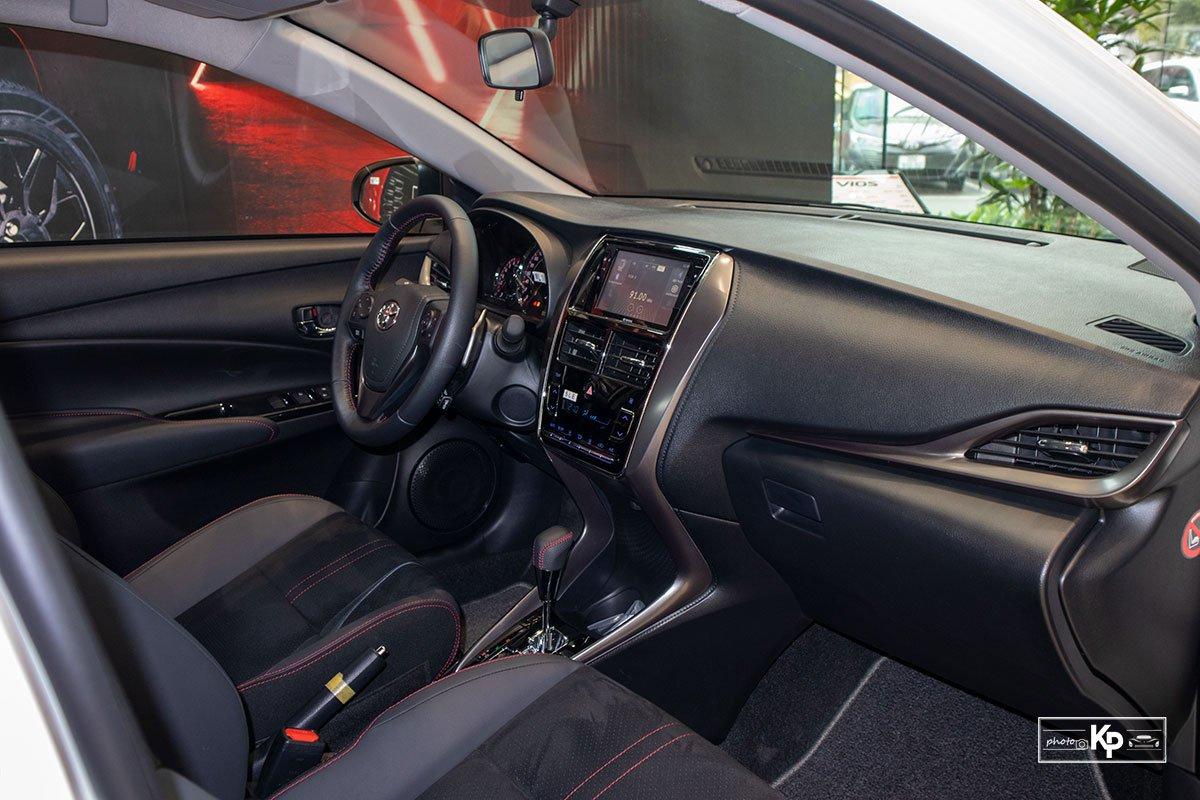 Cận cảnh Toyota Vios GR-S 2021, có gì để đấu Honda City RS? a16