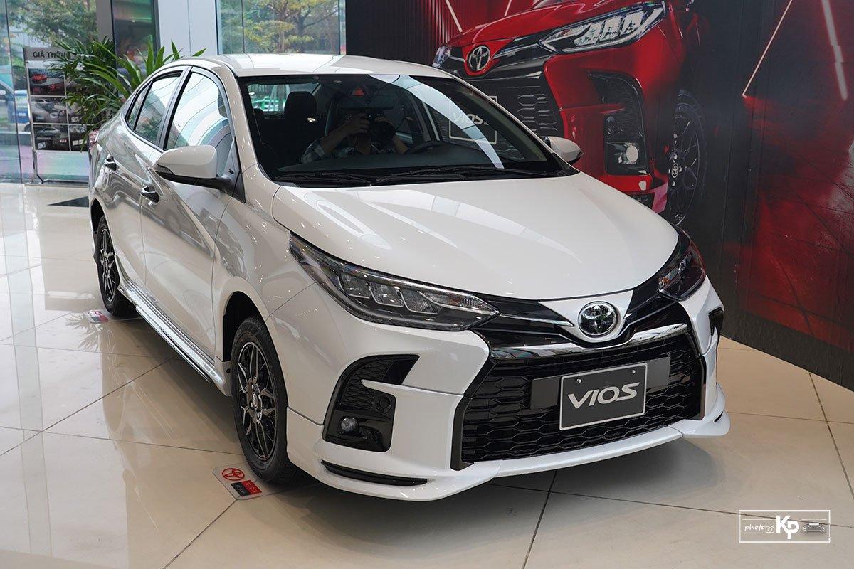 Cận cảnh Toyota Vios GR-S 2021, có gì để đấu Honda City RS? a2