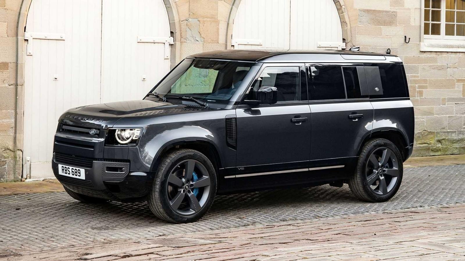 Land Rover Defender 2022 sang trọng, đầy bí ẩn.