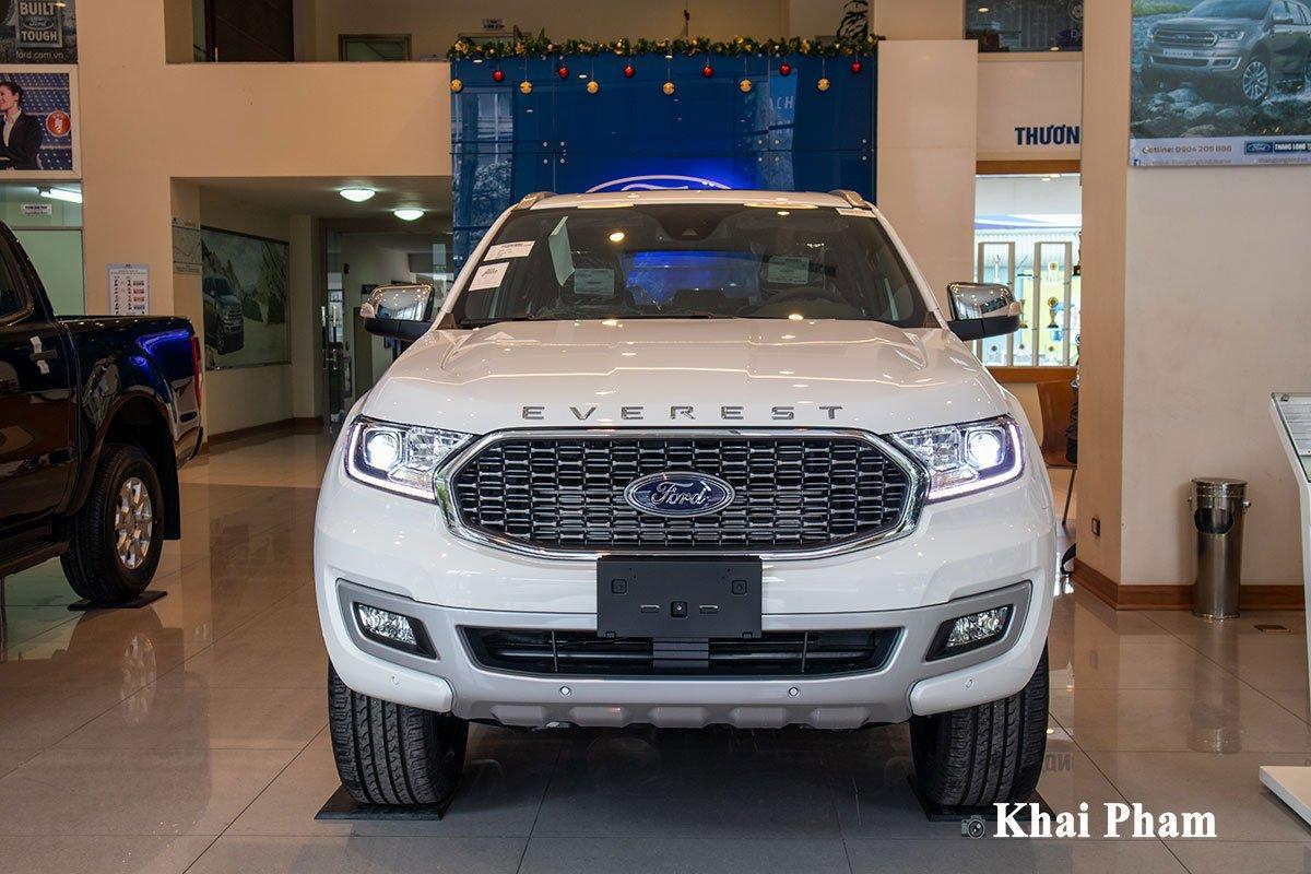 Thiết kế đầu xe Ford Everest 2021 1