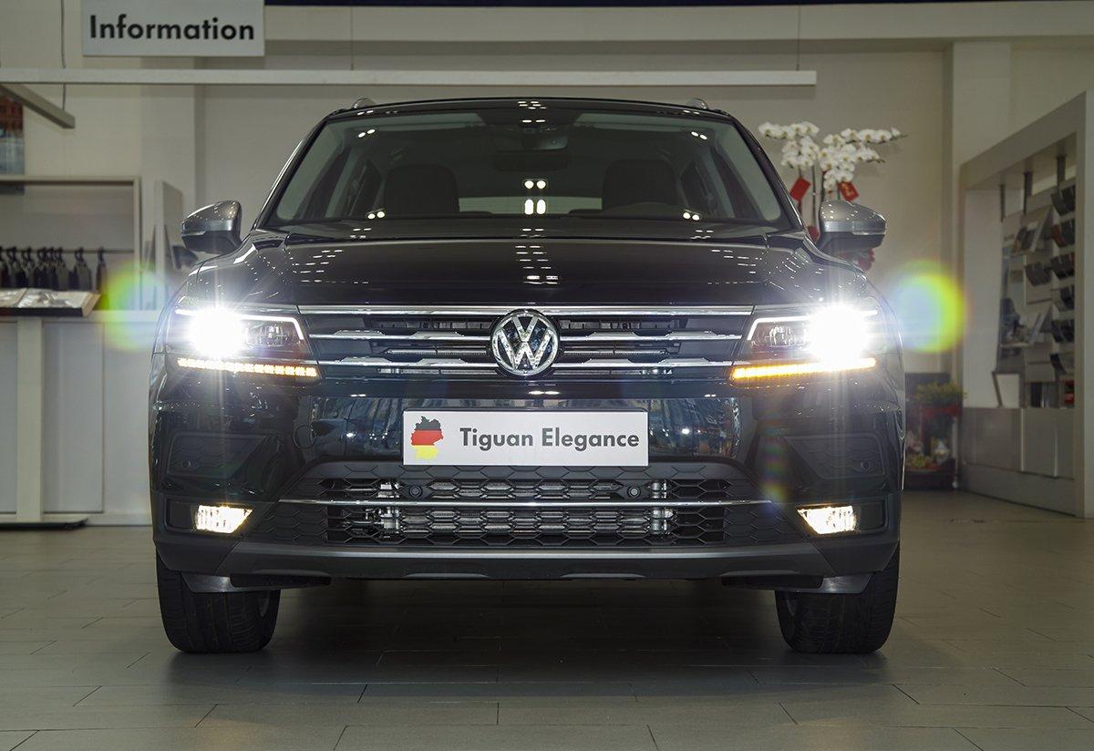 Volkswagen Tiguan Elegance là phiên bản mới nhất.