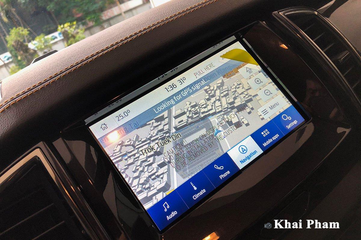 Màn hình tích hợp bản đồ dẫn đường trên xe Ford Ranger 2021 1