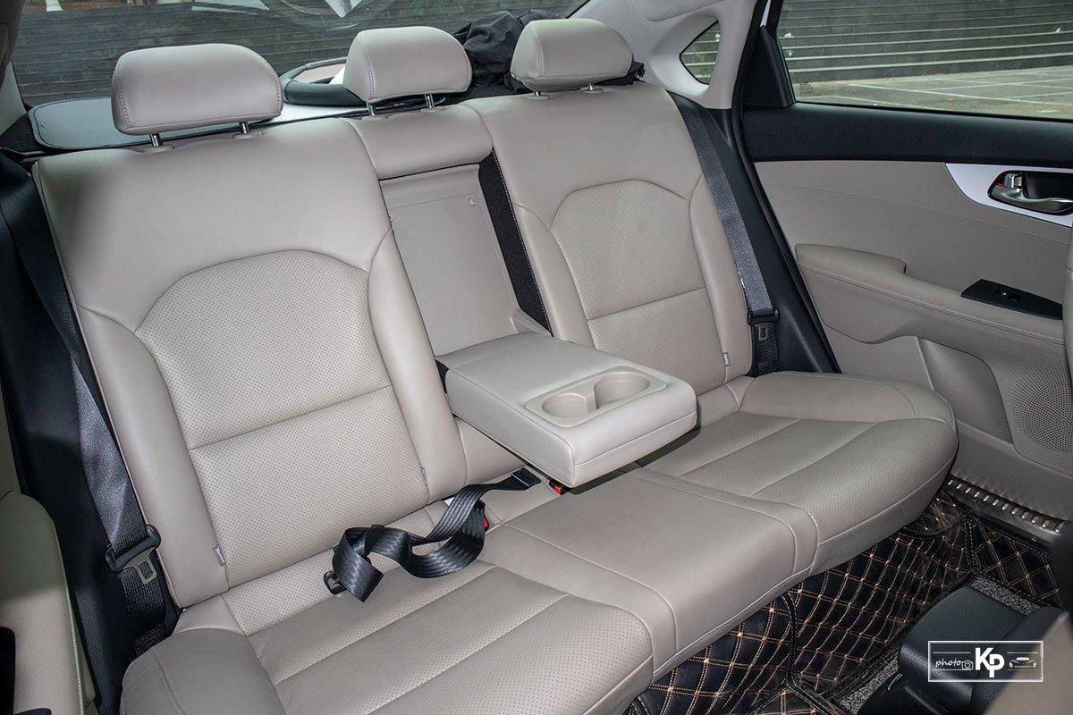 Ảnh Ghế sau xe Kia Cerato 1.6L Luxury 2021 a1