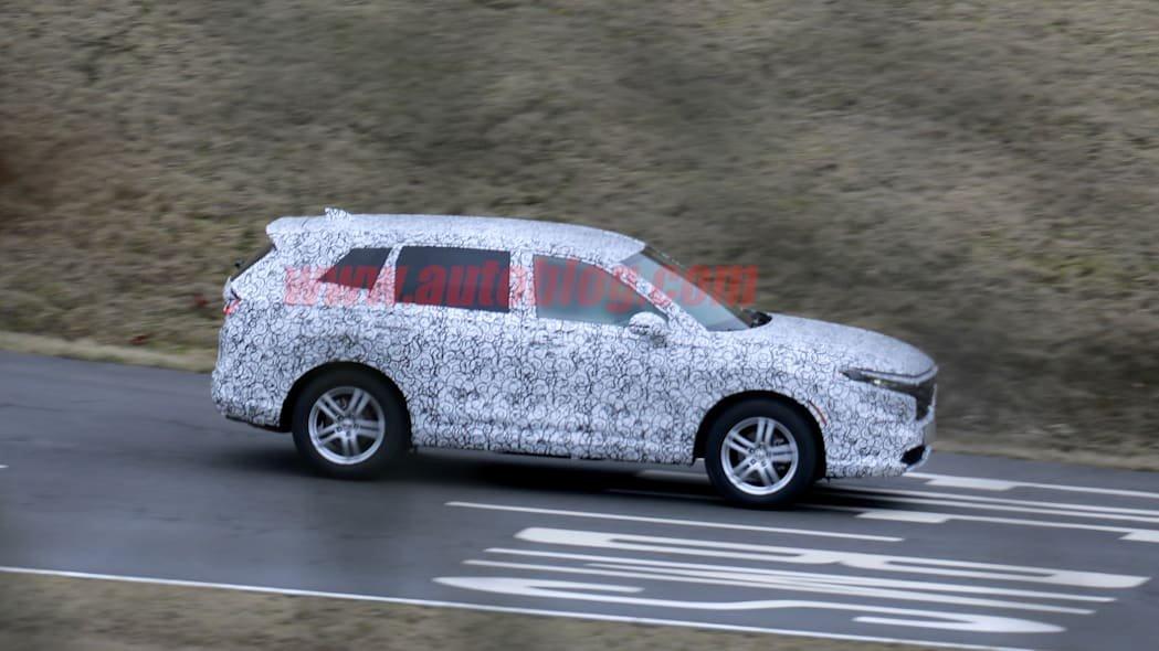 Honda CR-V 2023 được hứa hẹn sẽ trang bị các tính năng hiện đại nhất từ nhà sản xuất ô tô Nhật.