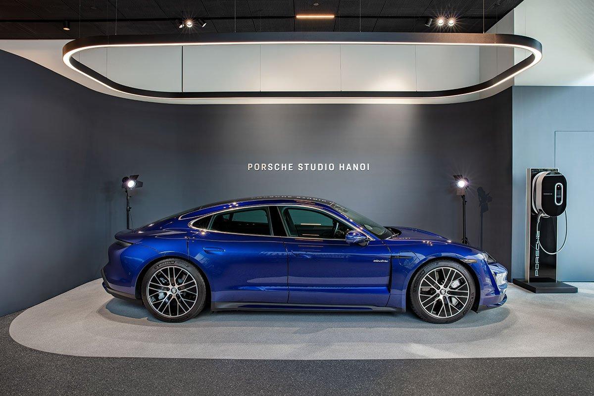 Khách tham quan sẽ có thể tìm hiểu thêm về lộ trình phát triển lĩnh vực di động điện của Porsche