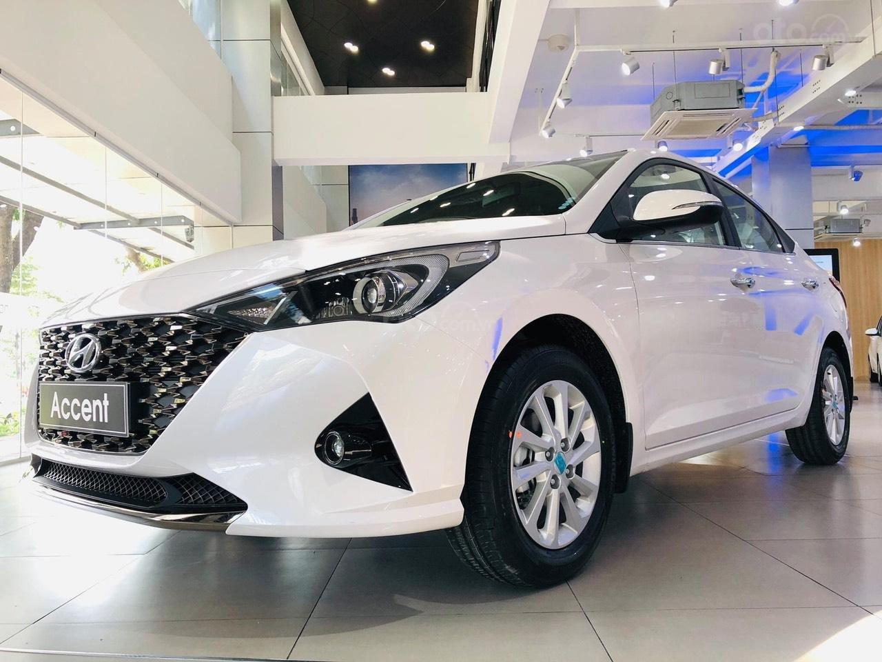 {Hyundai Miền Nam} Hyundai Accent 2021 có sẵn đủ màu tặng phụ kiện: Combo 7 món phụ kiện chính hãng (1)