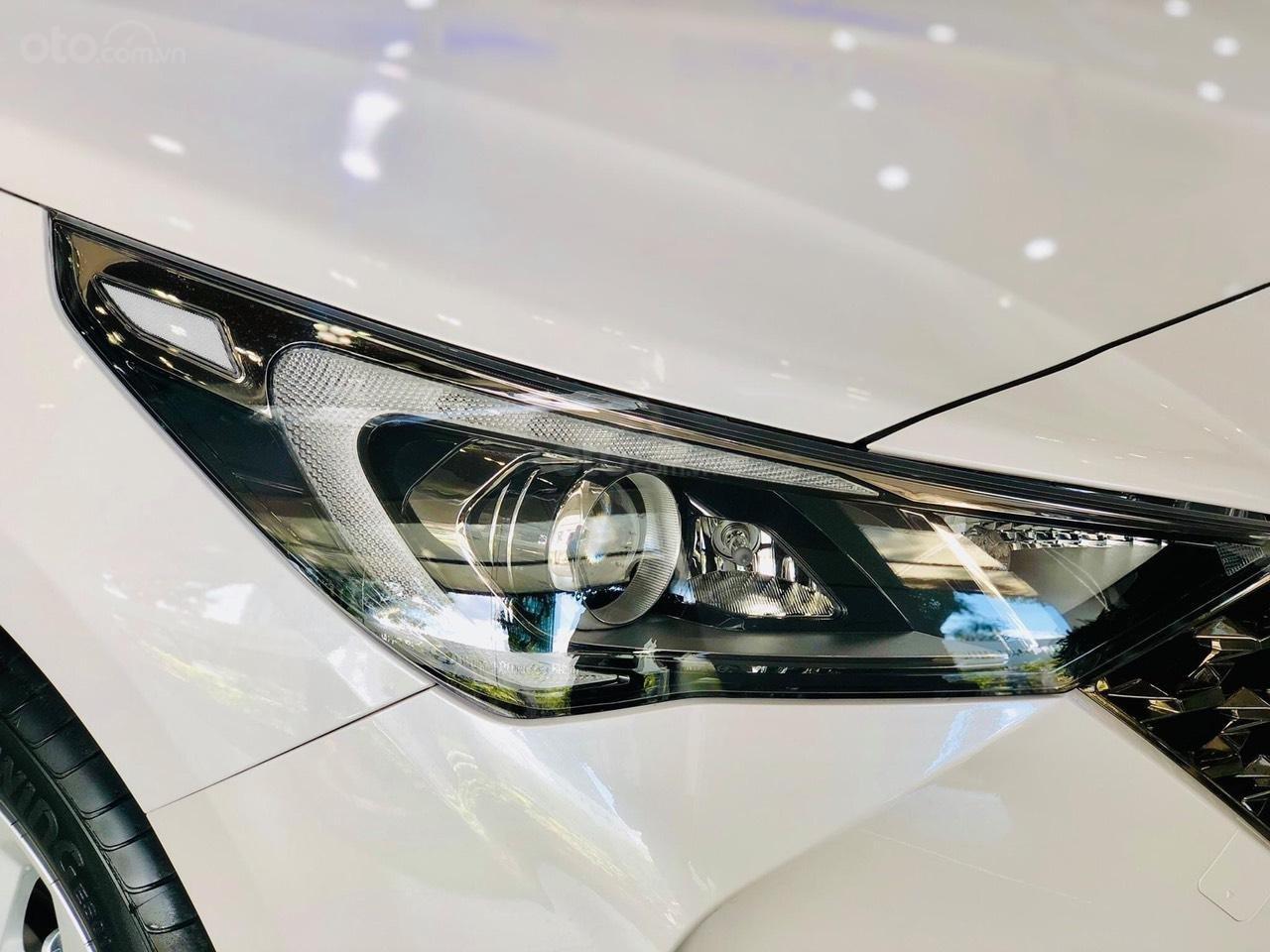 {Hyundai Miền Nam} Hyundai Accent 2021 có sẵn đủ màu tặng phụ kiện: Combo 7 món phụ kiện chính hãng (7)