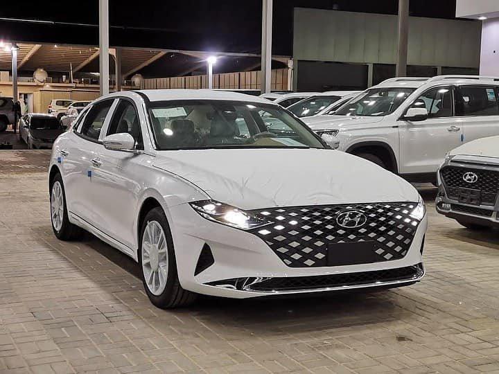 Hyundai Grandeur 2021.