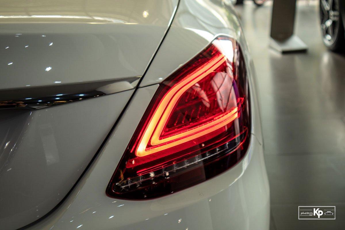 Ảnh Đèn hậu xe Mercedes-Benz C 180 AMG 2021 a1