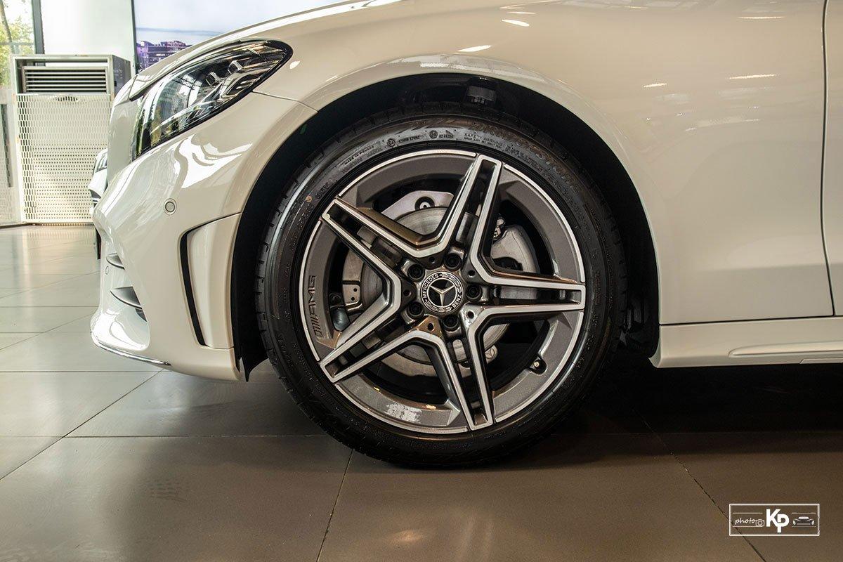 Ảnh La-zăng xe Mercedes-Benz C 180 AMG 2021