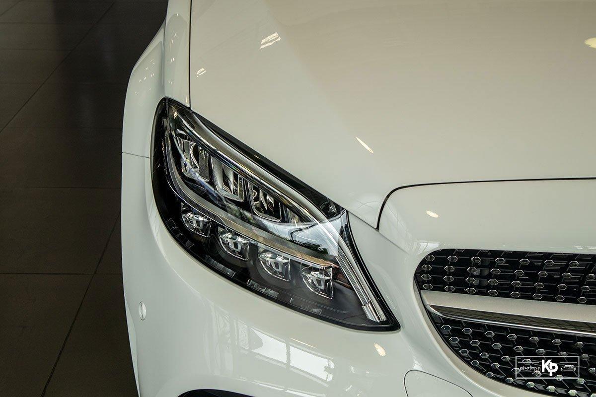 Ảnh Đèn pha xe Mercedes-Benz C 180 AMG 2021