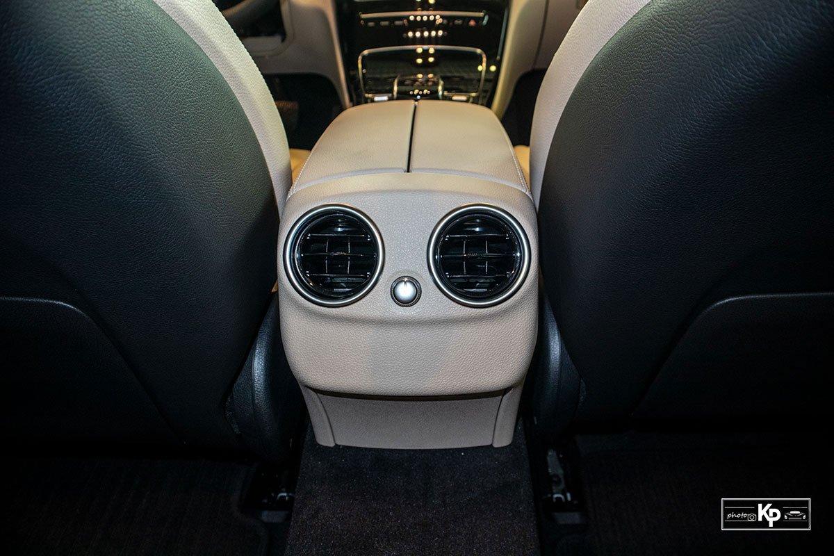 Ảnh Cửa gió Điều hòa xe Mercedes-Benz C 180 AMG 2021