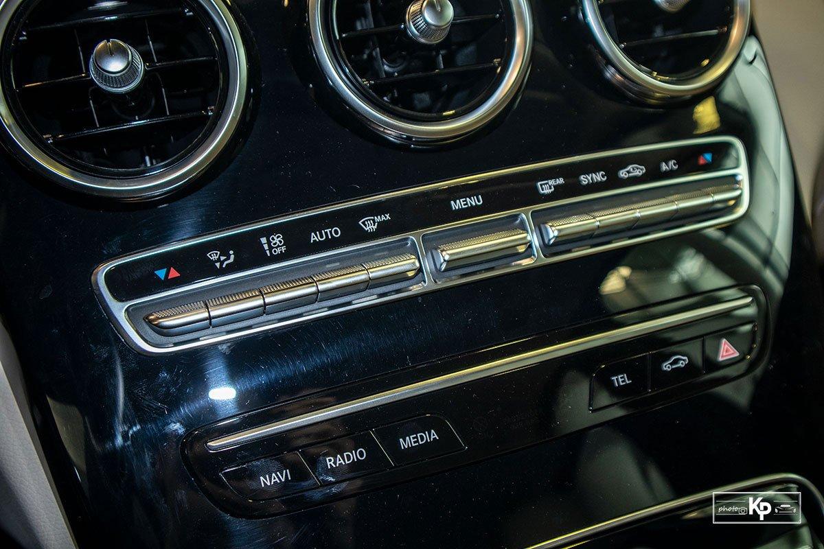 Ảnh Điều hòa xe Mercedes-Benz C 180 AMG 2021