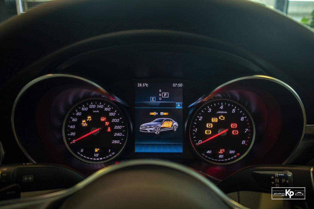 Ảnh Đồng hồ xe Mercedes-Benz C 180 AMG 2021