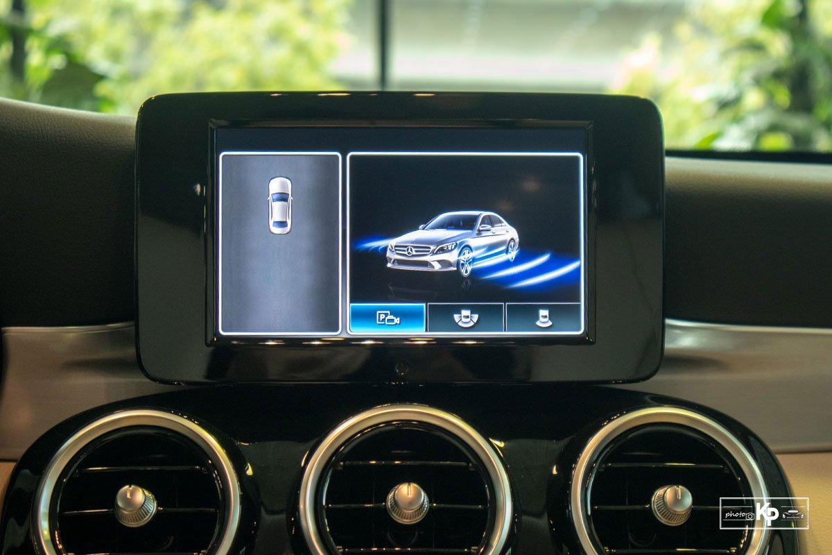 Ảnh Màn hình xe Mercedes-Benz C 180 AMG 2021