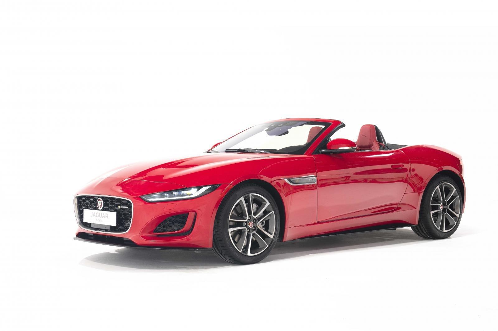 Jaguar F-Type mới tích hợp hàng loạt công nghệ tối tân.
