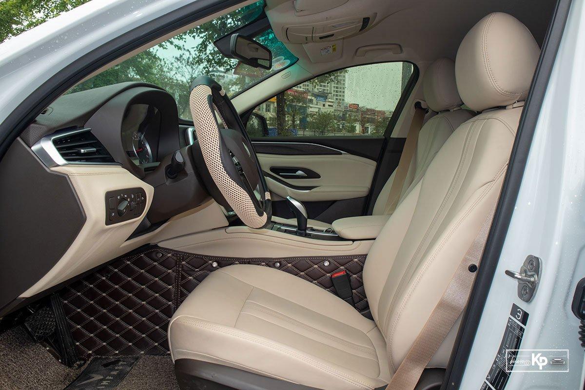 Ảnh Ghế lái xe VinFast Lux A2.0 2021
