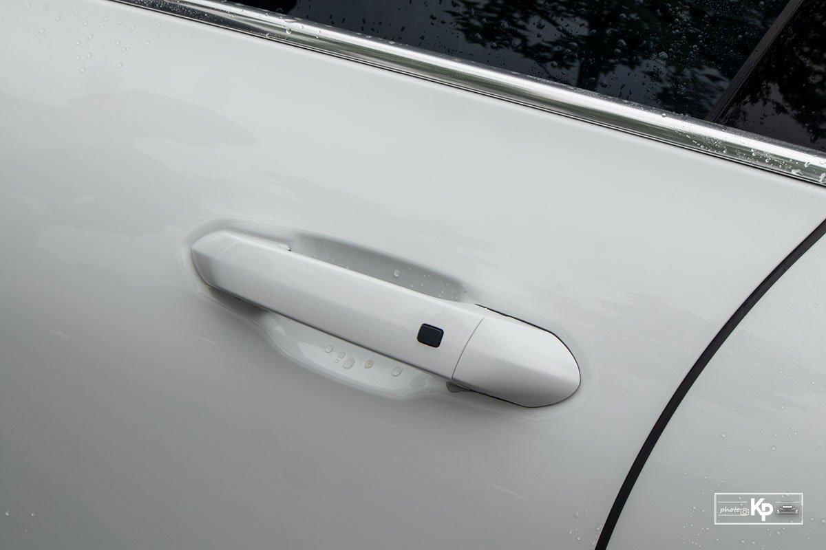 Ảnh Tay nắm cửa xe VinFast Lux A2.0 2021