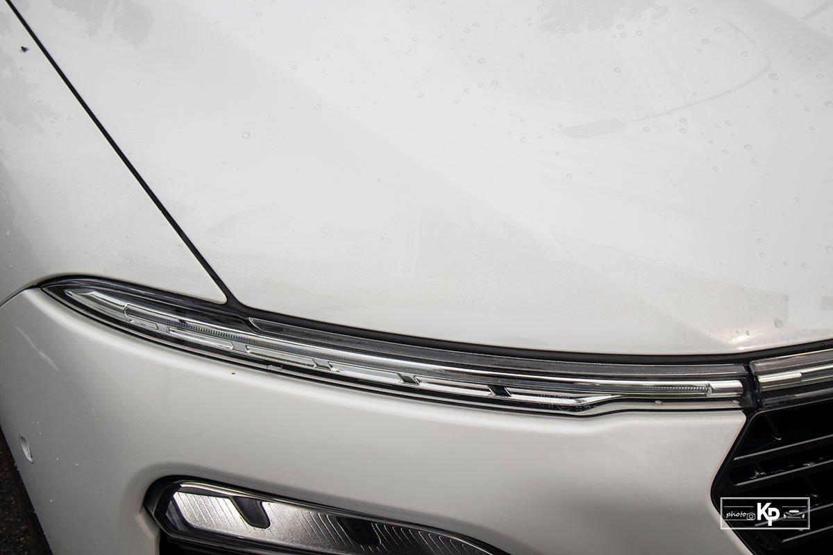 Ảnh Đèn định vị xe VinFast Lux A2.0 2021