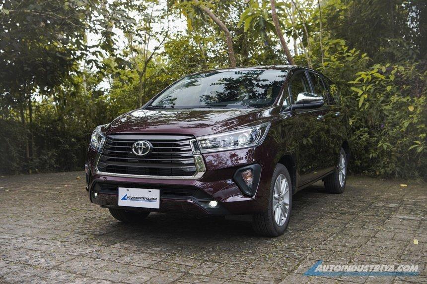 Toyota Innova 2021 bản chạy xăng được đánh giá có hiệu quả kinh doanh kém tại Philippines.