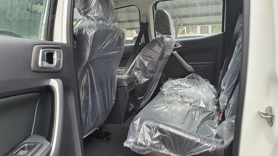 Ford Ranger XLS 2021 hỗ trợ vay đến 90% - đủ màu, giao ngay - giảm tiền mặt + tặng bảo hiểm thân vỏ và phim cách nhiệt (7)