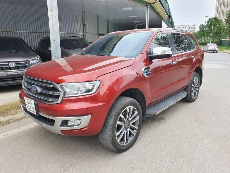 Cần bán gấp Ford Everest năm sản xuất 2019, nhập khẩu còn mới (7)