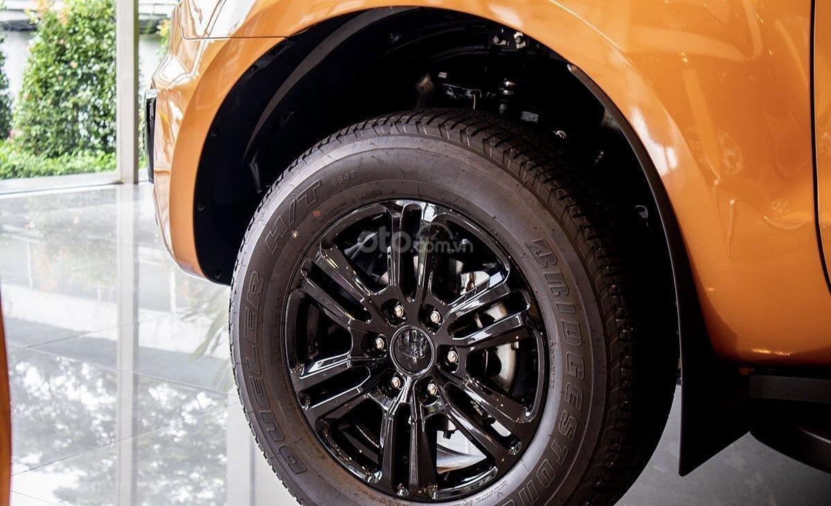 Bán Ford Ranger Wildtrack đời mới 2021, cam kết giá tốt nhất khu vực miền Bắc, hỗ trợ vay ngân hàng lãi suất cực tốt (7)